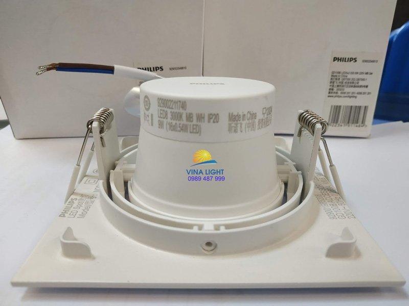 Đèn GD100 1x6w có thể xoay được 360 độ